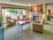 Eskaton Village Grass Valley front lounge.